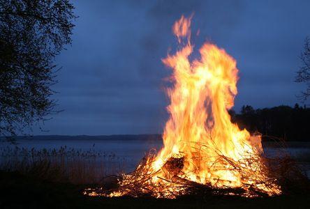 estate e l'elemento fuoco